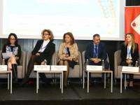FIS 2016, Focusing on human capital